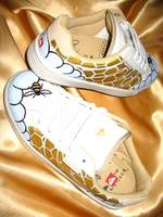 The golden honeycomb no.2, customized sports shoe
