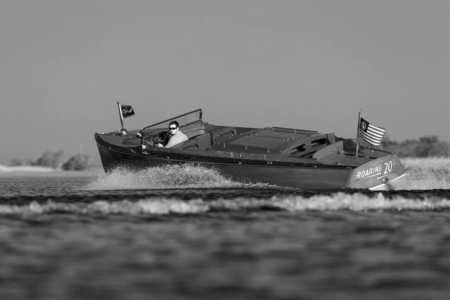 Black & White Series-Wooden Boat 22