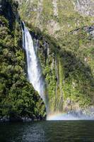 Milford Sound Bay Waterfall_0155