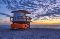 21st Street Lifeguard Tower at Dawn