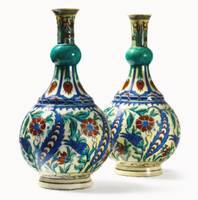 Blue, White and Red Turkish Chinoiserie Pottery Va