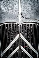 Citroen Traction Grill detail