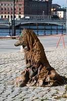457-Monument_of_fox_beggar