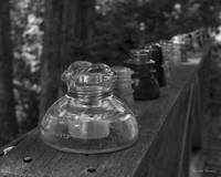 Insulators in Black and White 2