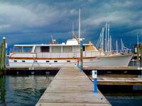 63' TRUMPY YACHT BEFORE THE STORM