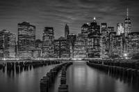 MANHATTAN SKYLINE Evening Atmosphere | Monochrome