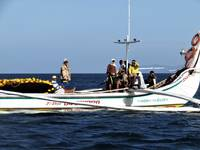 Filipino fishing boat - 4