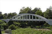 white arched bridge