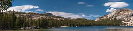 Tenaya Lake of Yosemite (panoramic view)