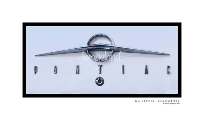 1955 Pontiac Trucnk Emblem