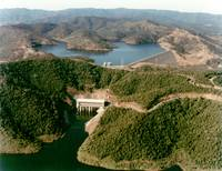 Aerial photograph of Wivenhoe Dam, September 1985