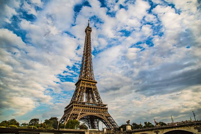 Landmark Eiffel Tower