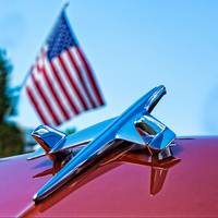 Chevrolet Dual-Finned Hood Ornament with Flag