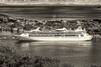 st-lucia-grandeur-of-the-seas-from-above-blackwhit