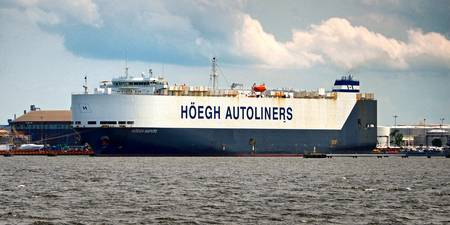 hoegh-autoliners-hoegh-maputo-roro-ship-6070090