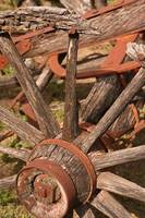 Vintage Wagon Wheel: Color
