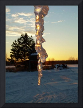 Icicle at Sunset 1261 by Kent Lorentzen