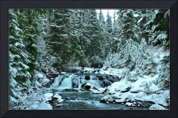 1st snow on Upper Paradise River
