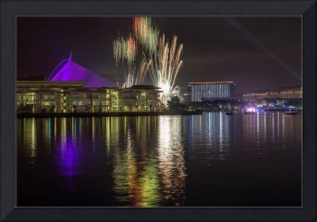 Fireworks At Putrajaya - Sri Wawasan Bridge & PJH