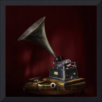 The Phonograph 5