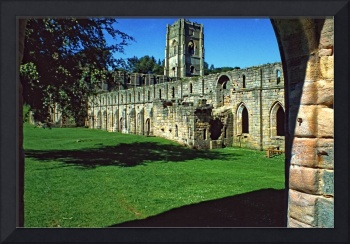 Fountains Abbey in Summer 15