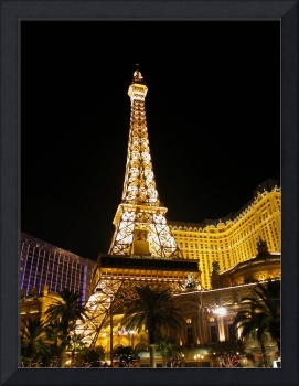 Paris at Night : Vegas Style