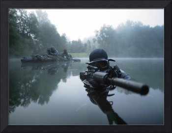 Special operations forces combat diver transits th