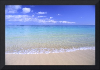 Clear Shoreline Ocean Water, Turquoise Horizon, Bl