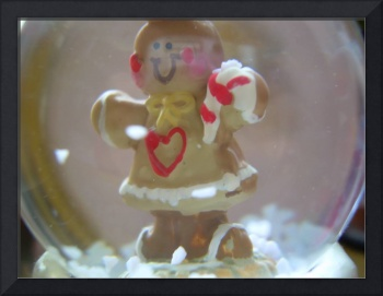 Gingerbread Snowglobe