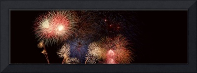 Fv2525, Ron Watts Panoramic Fireworks In A Night