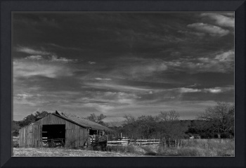 Old Barn: Black and White