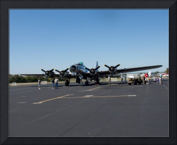B17 at Wheeling Air Port