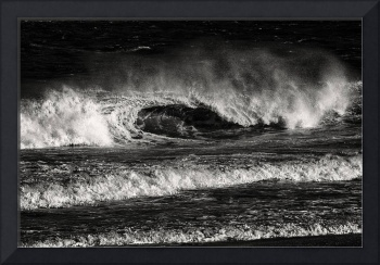Atlantic Waves in Black and White