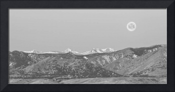Full Moon on the CO Front Range BW