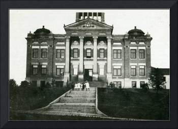 West view of Polk County Courthouse in Crookston
