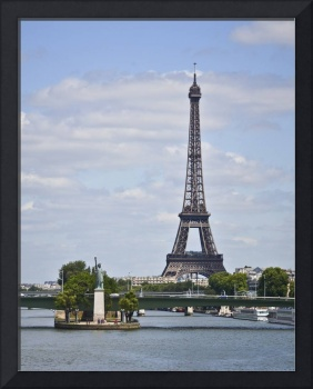 Eiffel Tower and Statue of Liberty in Paris