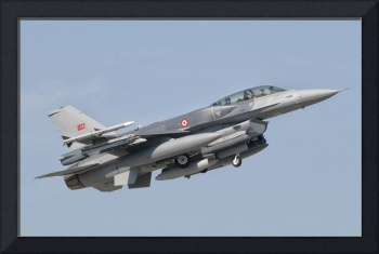A Turkish-built F-16 in flight at the Izmir Air Sh