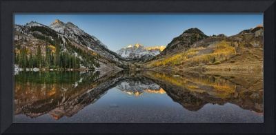 Maroon Bells, Maroon Lake, Aspen, Colorado. HDR