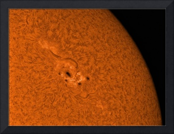 H alpha Sun in orange with active area