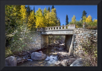 Bridge_Over_Autumn_Waters