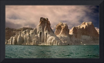 The White Cliffs of Lake Powell