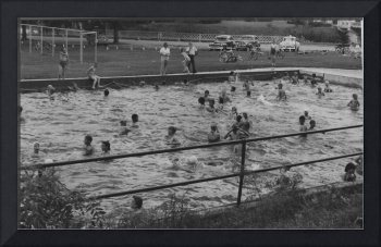 Crookston's early outdoor swimming pool