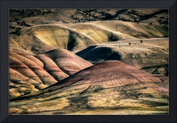 The shapes and colors of the Painted Hills