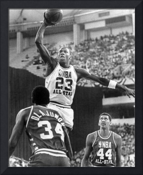 Michael Jordan playing in all star game