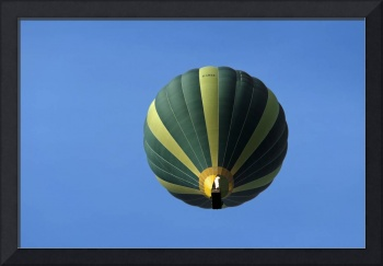 Hot Air Balloon Above Wetton (34585-RDA)