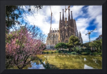 Sagrada Familia in spring