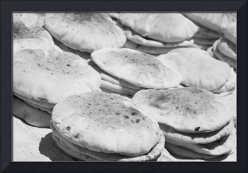 Egyptian Bread bw