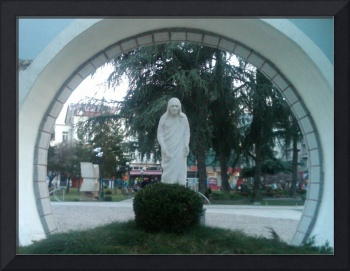 Mother Theresa monument