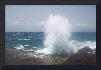 Powerful Wave on Aruba's Coast