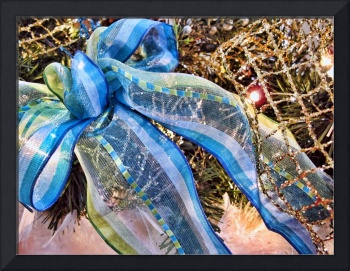 Blue & Silver Christmas Bow w/ Gold Mesh Garland